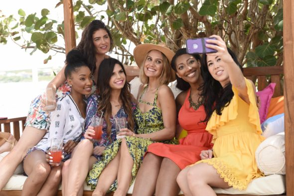 Coupled TV show on FOX: canceled, no season 2.