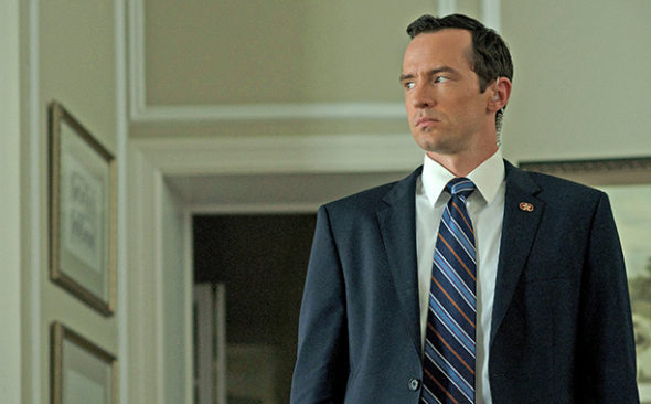 House of Cards; Nathan Darrow