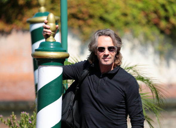 Rick Springfield cast as Lucifer in Supernatural TV show on The CW: season 12 (canceled or renewed?).
