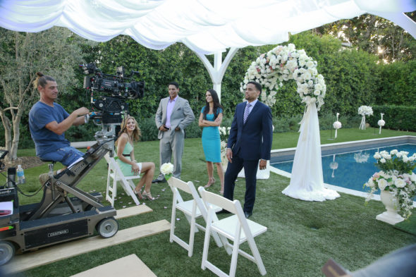 Secrets and Lies TV show on ABC: season 2 behind scenes photos (canceled or renewed?).