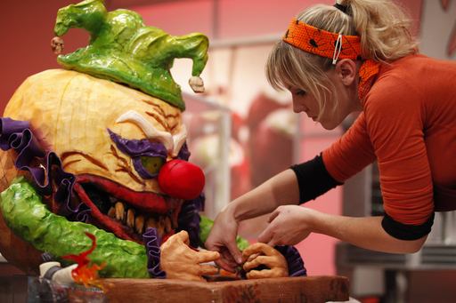 Halloween Wars TV show on Food Network
