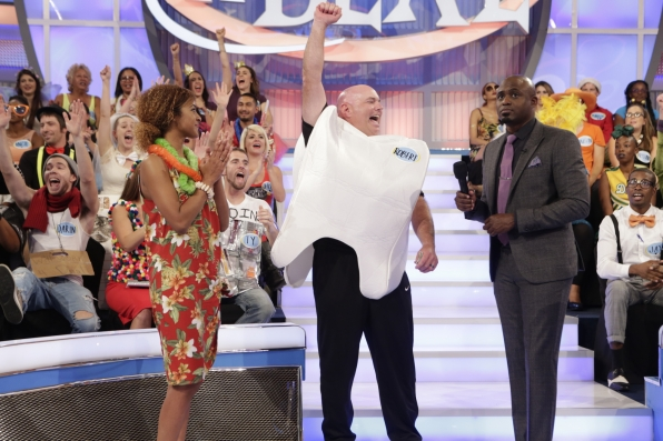 Lets make a deal tv game show on cbs season premiere cancelled or