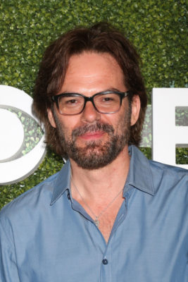 Chicago Pd Billy Burke Zoo To Guest In Season Four Canceled Renewed Tv Shows Tv Series Finale