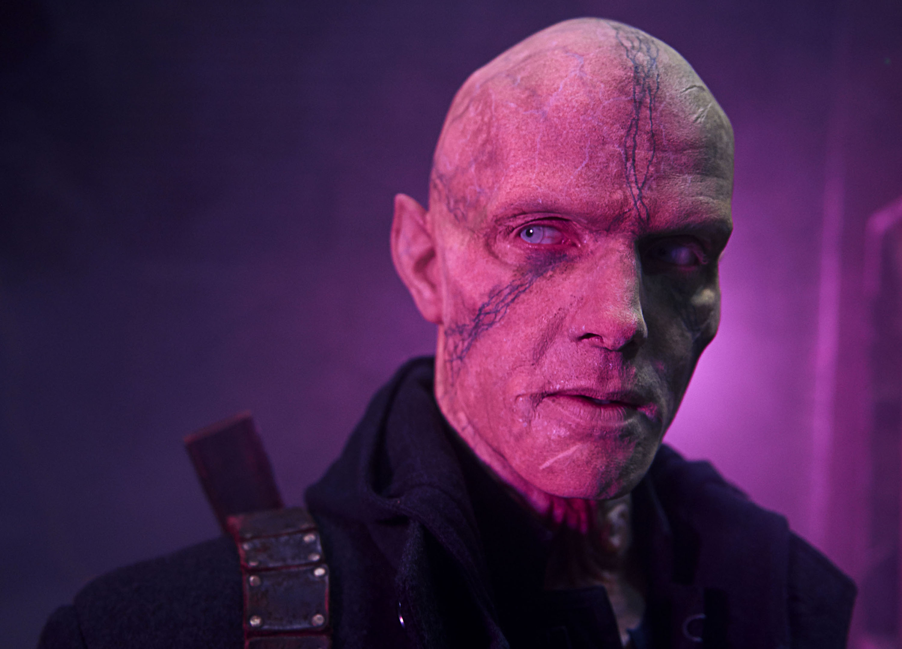 The Strain: EP Carlton Cuse Teases the Fourth and Final ...
