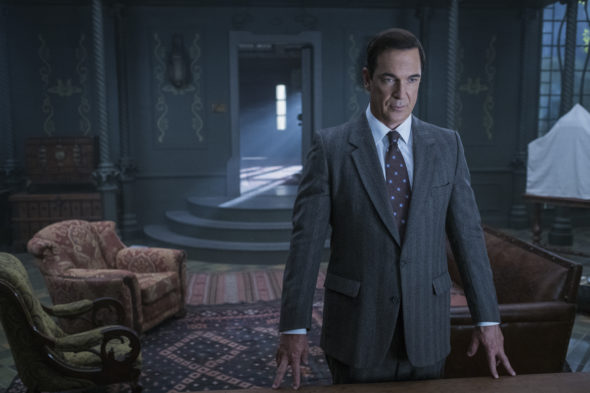 Lemony Snicket's A Series of Unfortunate Events TV show on Netflix: season one (canceled or renewed?)
