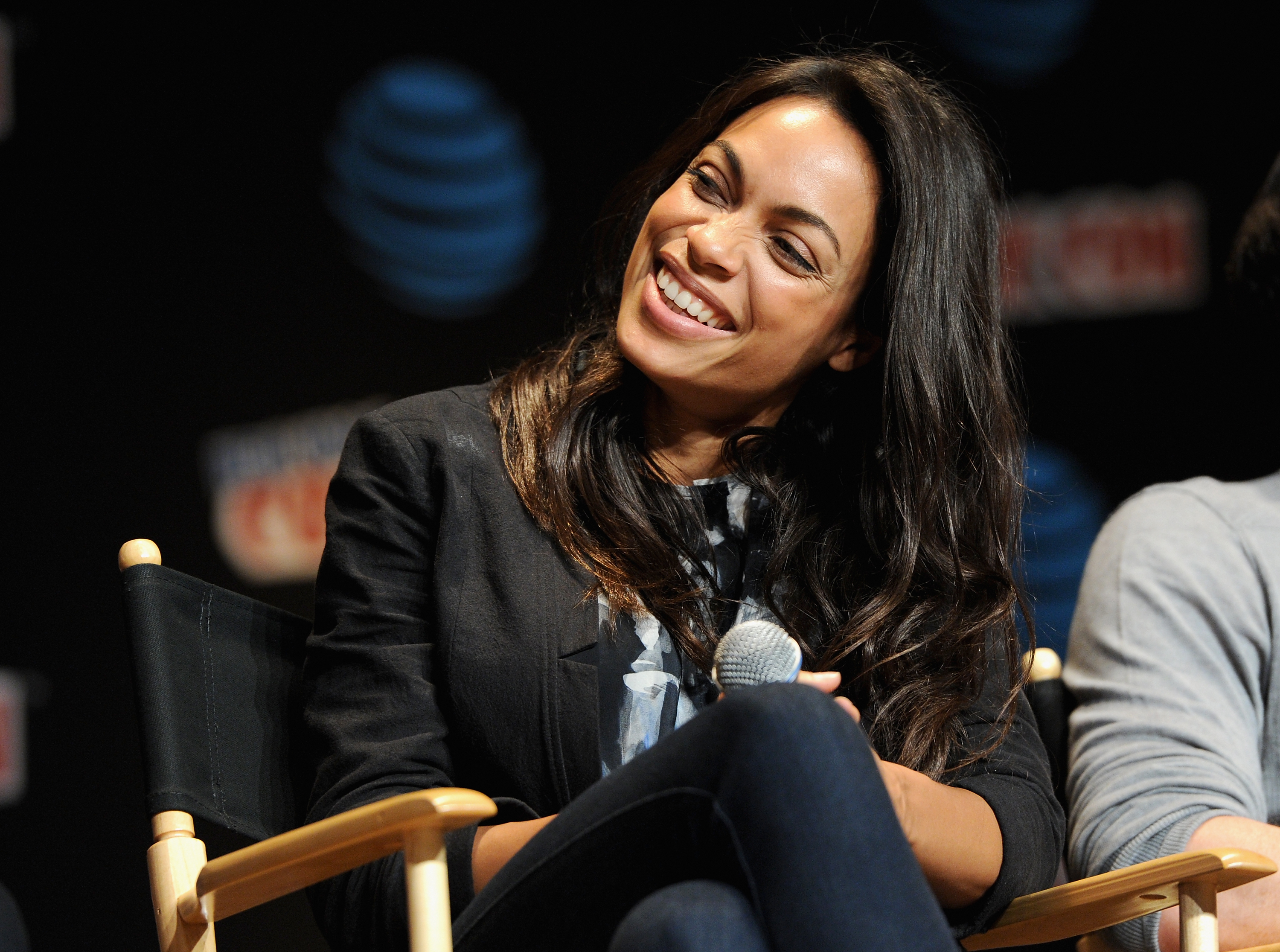 Rosario Dawson Marvel's Iron fist TV show on Netflix: season 1 (canceled or renewed?)
