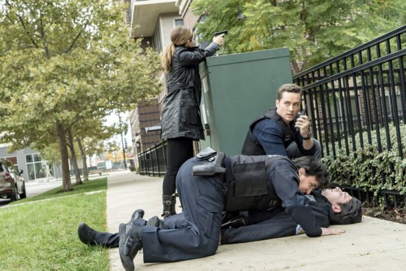 "CHICAGO P.D. -- ""A Shot Heard Around The World"" Episode 408 -- Pictured: Jesse Lee Soffer as Jay Halstead -- (Photo by: Matt Dinerstein/NBC)"