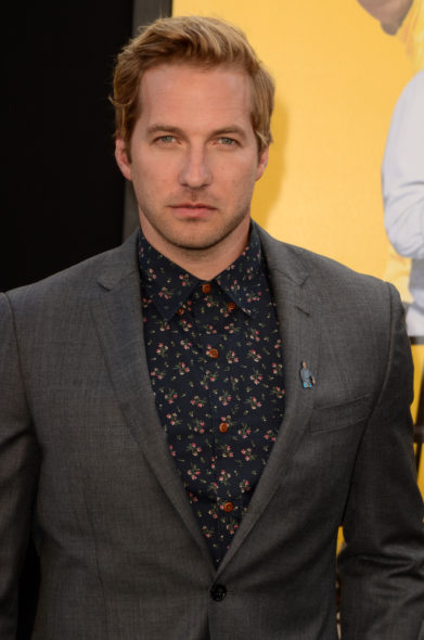 Veronica Mars alum Ryan Hansen to guest star in The Mindy Project TV show on Hulu: season 5 (canceled or renewed?)