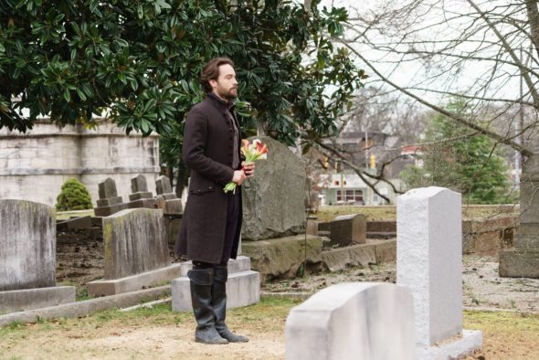 SLEEPY HOLLOW: Tom Mison in theÒRagnarokÓ season finale episode of SLEEPY HOLLOW airing Friday, April 8 (8:00-9:00 PM ET/PT) on FOX. ©2016 Fox Broadcasting Co. Cr: Tina Rowden/FOX