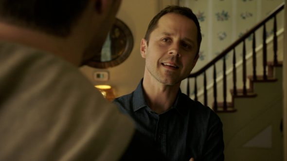 Sneaky Pete TV show on Amazon: season 1 premiere (canceled or renewed?) Sneaky Pete TV show on Amazon: season 1 (canceled or renewed?)
