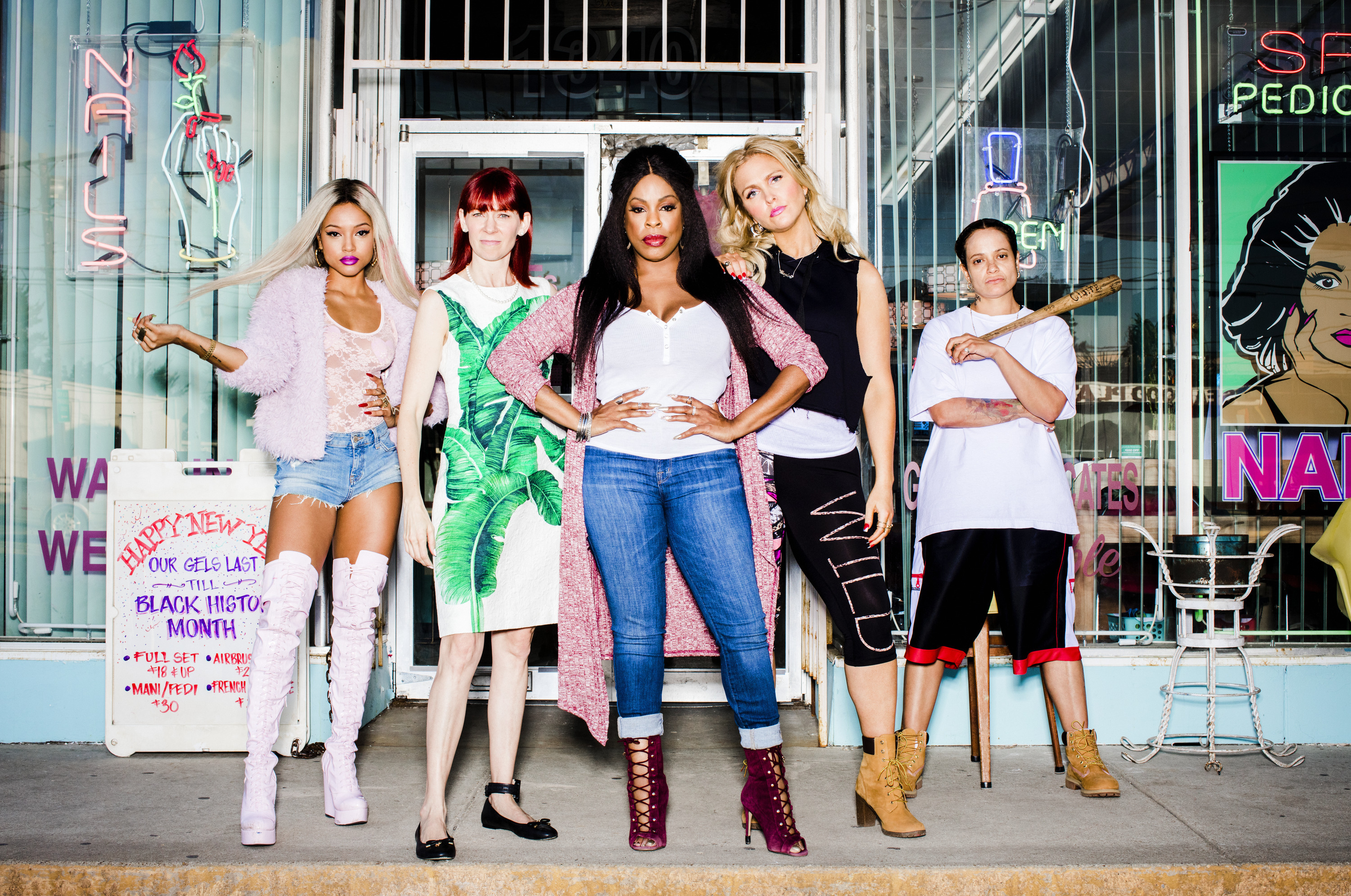 claws tnt previews their nail salon dramedy video canceled tv shows tv series finale. Black Bedroom Furniture Sets. Home Design Ideas
