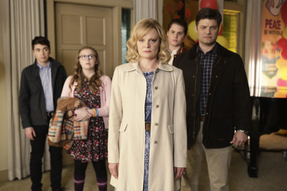 The Real O'Neals TV show on ABC: season 3 (canceled or renewed?)