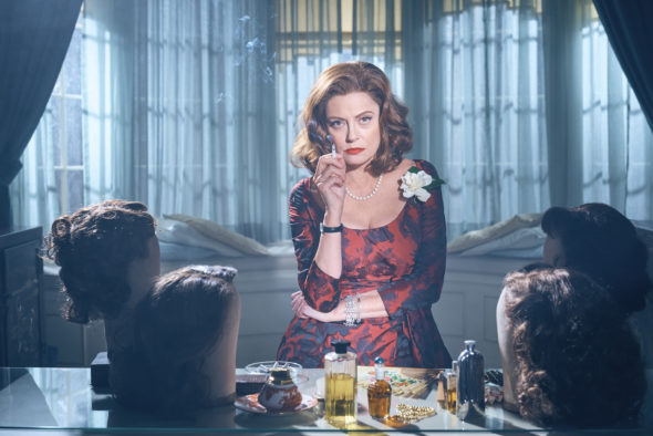 Feud TV show on FX: season 2 renewal (canceled or renewed?)