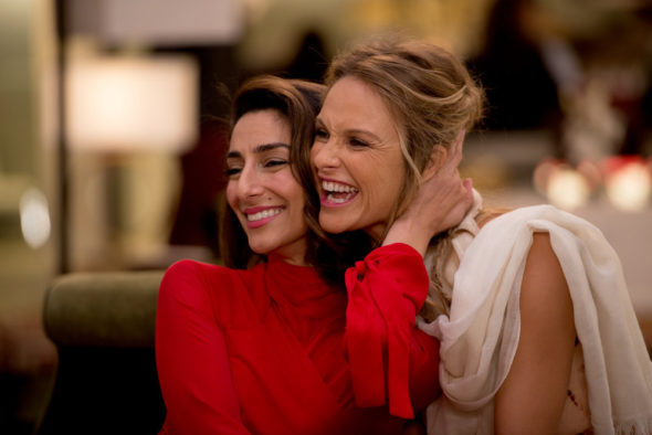 Girlfriends' Guide to Divorce TV show on Bravo: Canceled or Season 4 (canceled or renewed?)