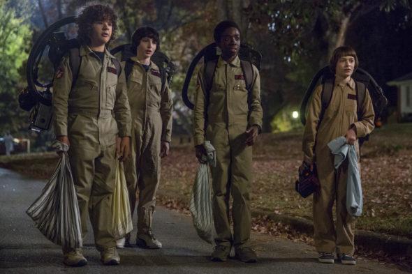 Stranger Things TV show on Netflix: season 2 (canceled or renewed?)