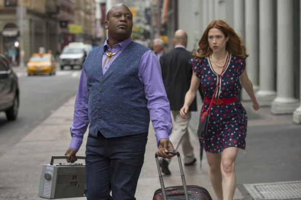 Unbreakable Kimmy Schmidt TV show on Netflix: season 3 premiere date trailer (canceled or renewed?)