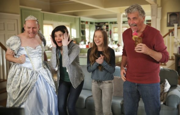 Life in Pieces TV show on CBS: season 3 renewal (canceled or renewed?)