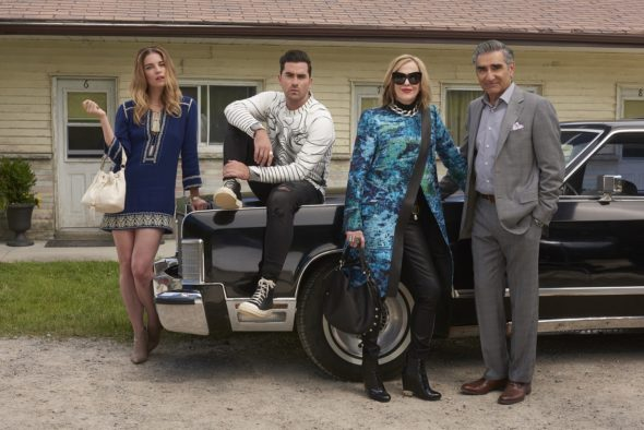 Schitt's Creek TV show on Pop: season 4 renewal; Schitt's Creek season 4 release date