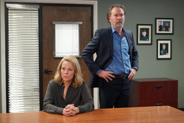 American Crime TV show on ABC: season 3 finale (canceled or renewed for season 4?)
