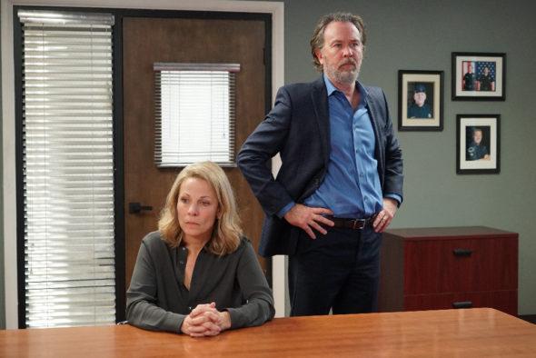 American Crime TV show on ABC: season 3 finale (canceled or renewed for season 4?)