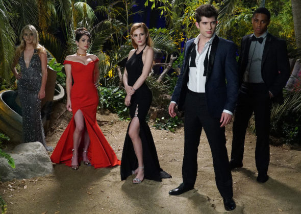 Famous in Love TV show on Freeform: canceled or renewed?