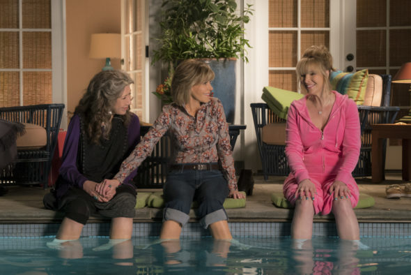 Grace and Frankie TV show on Netflix: season 4 renewal. Lisa Kudrow joins the fourth season of the Grace and Frankie TV series on Netflix.