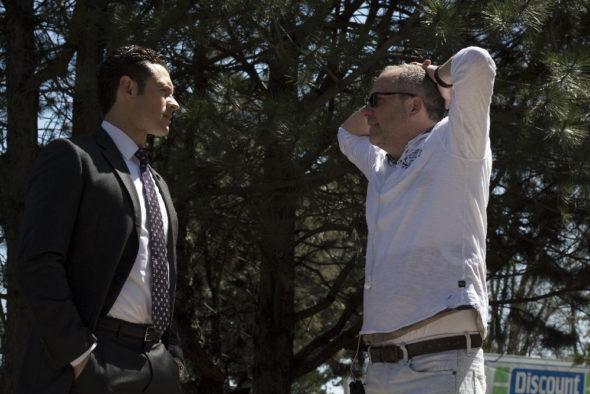Designated Survivor TV show on ABC: season 1 finale (canceled or renewed for season 2?)