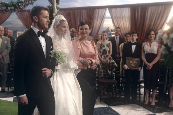 Jennifer Morrison: Once Upon a Time TV show on ABC: season 7 (canceled or renewed?