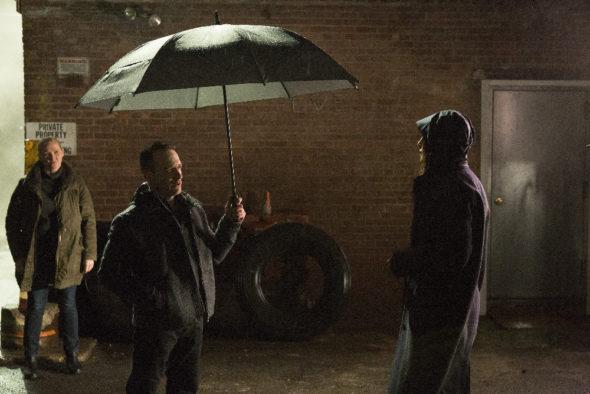 Quantico TV show on ABC: (canceled or renewed?)