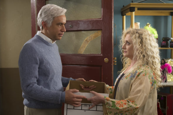 Unbreakable Kimmy Schmidt TV show on Netflix: season 3 (canceled or renewed for season 4?)
