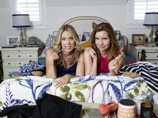 Playing House TV show on USA Network: canceled or season 4? (release date)