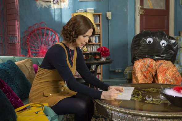 Unbreakable Kimmy Schmidt TV show on Netflix: season 4 renewal (canceled or renewed?)
