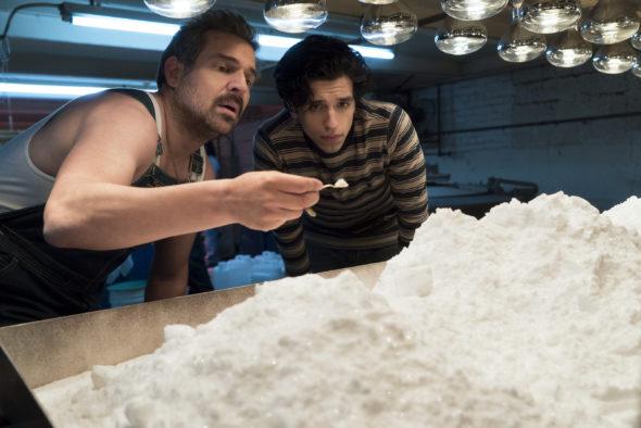 Narcos TV show on Netflix: season 3 (canceled or renewed?)