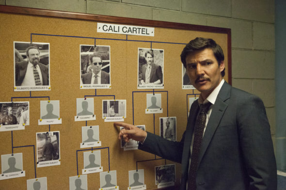 Narcos TV show on Netflix: canceled or season 4? (release date)
