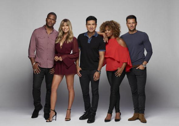 Extra TV show: canceled or renewed?