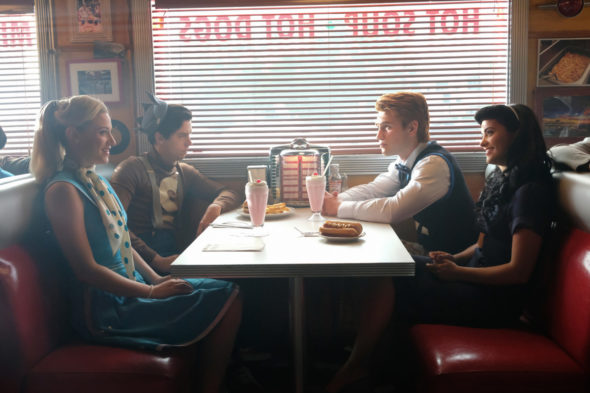 Riverdale TV show on The CW: season 2 viewer votes episode ratings (cancel renew season 3?)