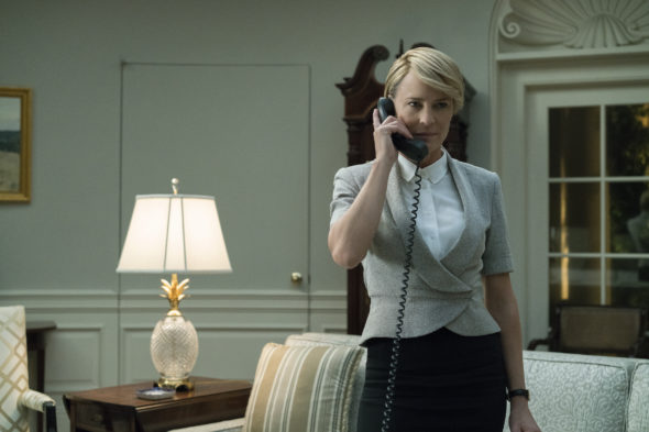 production resumes on House of Cards TV show on Netflix: season 6 (canceled or renewed?)