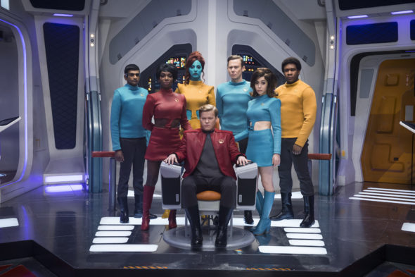 Black Mirror TV show on Netflix: season 4 (canceled or renewed?)