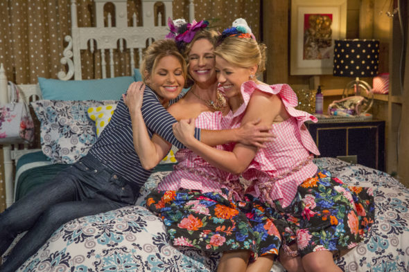 Fuller House TV Show On Netflix: Season 3 (canceled Or Renewed?)