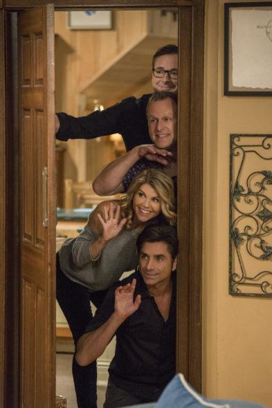 Fuller House TV show on Netflix: season 3 viewer votes episode ratings (canceled or renewed season 4?)
