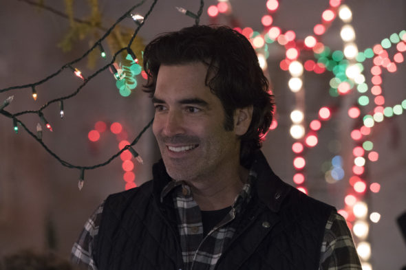 The Great Christmas Light Fight TV Show: canceled or renewed?