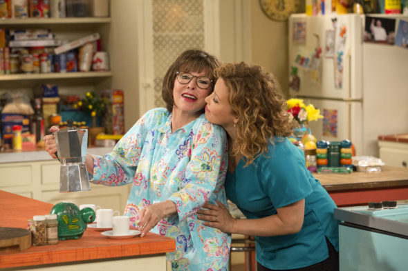 Premiere date: One Day at a Time TV show on Netflix: season 2 release date (canceled or renewed?)