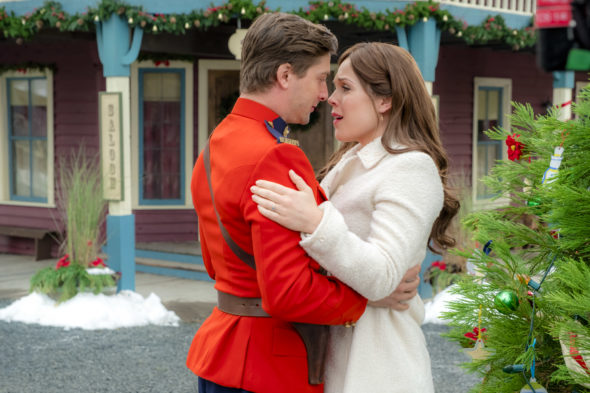 When Calls the Heart TV show on Hallmark Channel: season 5 ratings (cancel or renew season 6?)