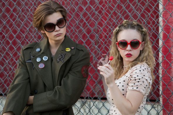 New Netflix series 'Everything Sucks!' shines spotlight on '90s teens