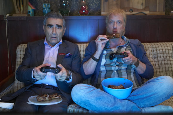 Schitt's Creek TV show on Pop: season 4 viewer votes episode ratings (cancel or renew season 5?)