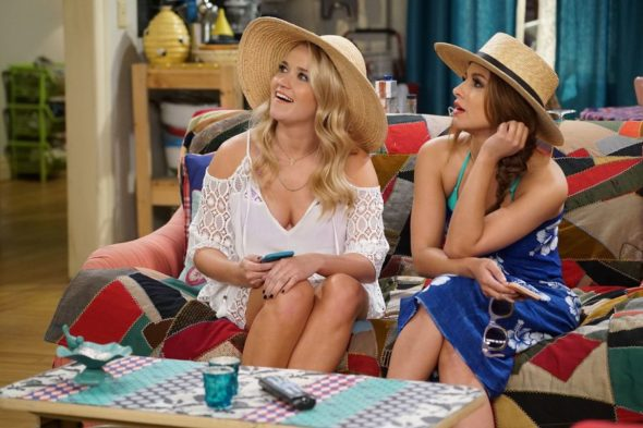Young & Hungry TV show on Freeform: (canceled or renewed?)