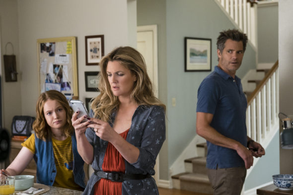 Santa Clarita Diet TV show on Netflix: canceled or season 3? (release date); Vulture Watch