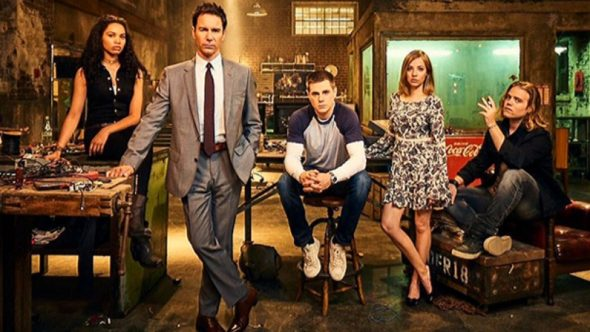 Travelers TV show on Netflix: (canceled or renewed?)