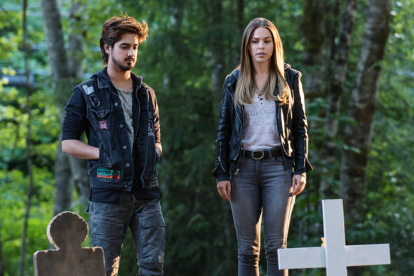 Ghost Wars TV show on Syfy: canceled, no season 2 (canceled or renewed?); Pictured: (l-r) Avan Jogia as Roman Mercer, Elise Gatien as Maggie Rennie