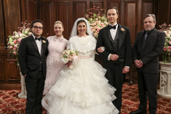 The Big Bang Theory TV show on CBS: season 13? (canceled or renewed?); Pictured: Leonard Hofstadter (Johnny Galecki), Penny (Kaley Cuoco), Amy Farrah Fowler (Mayim Bialik), Sheldon Cooper (Jim Parsons) and Mark Hamill (Himself)